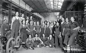 Treballadores de la Companyia de Tramvies, durant la guerra civil. Font: Arxiu Fotogràfic de Barcelona