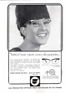 """Publicitat del model """"Glory"""". Revista Indóptica, 1964. Font: nataliapiernas.com"""