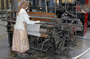 02-fabrica-textil-600x396
